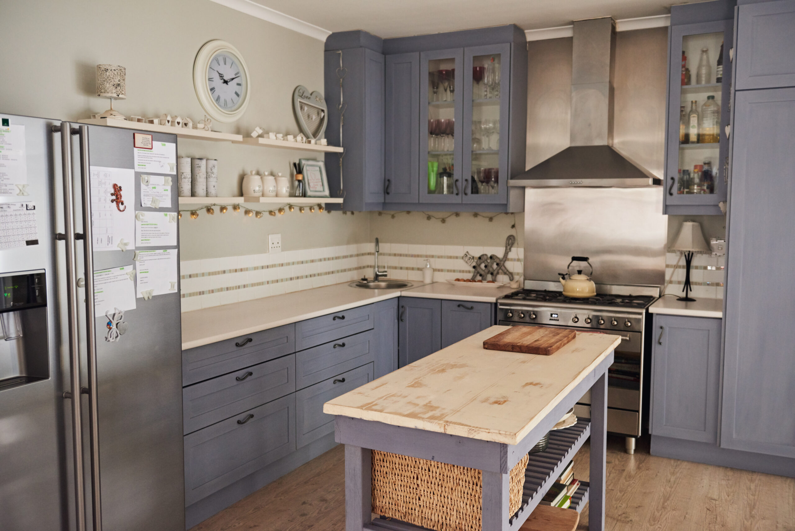 traditional kitchen design and fitting
